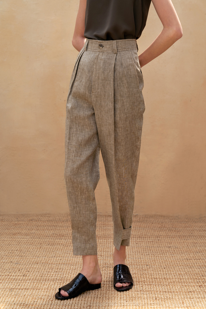 Pleated-front Linen Trousers (2 colors)